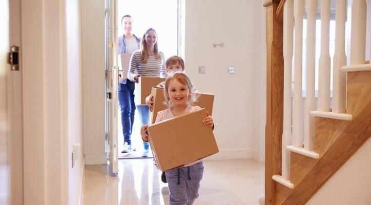 Çocukların Evden Eve Taşırken Yardımı