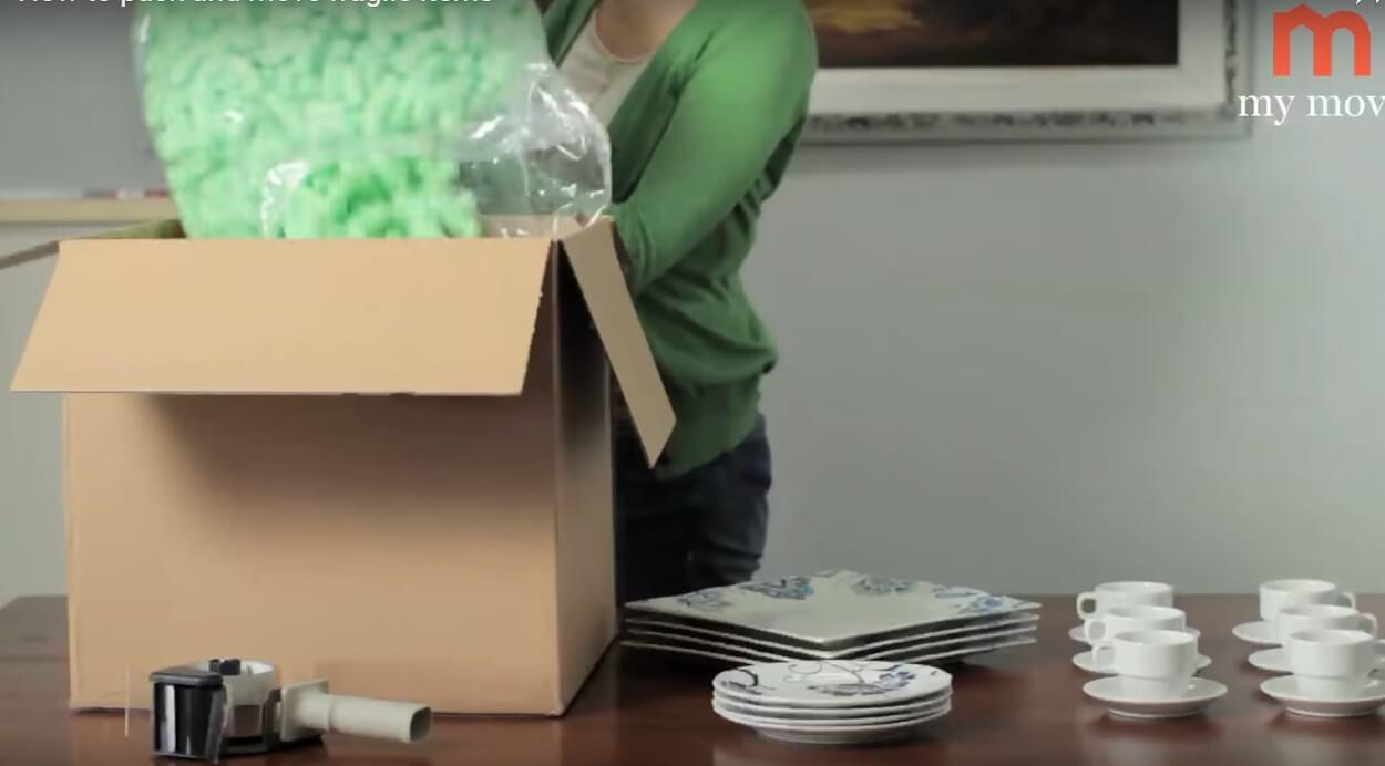 Straforları kutuya boşaltın